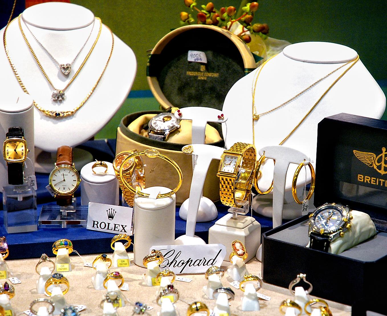 e17c460721f Des bijoux occasion en vente. Les ...